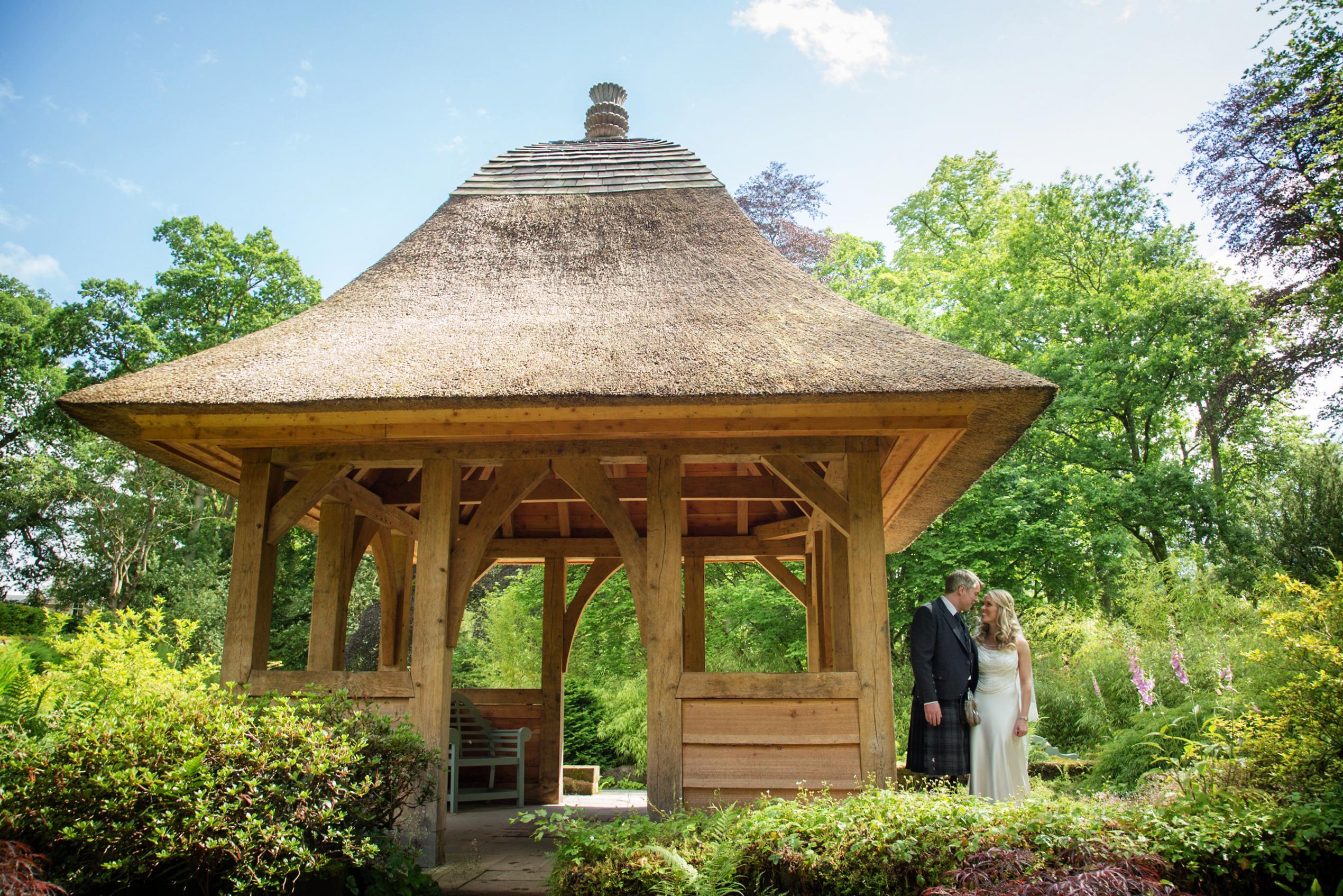 Oak Frames and Weddings